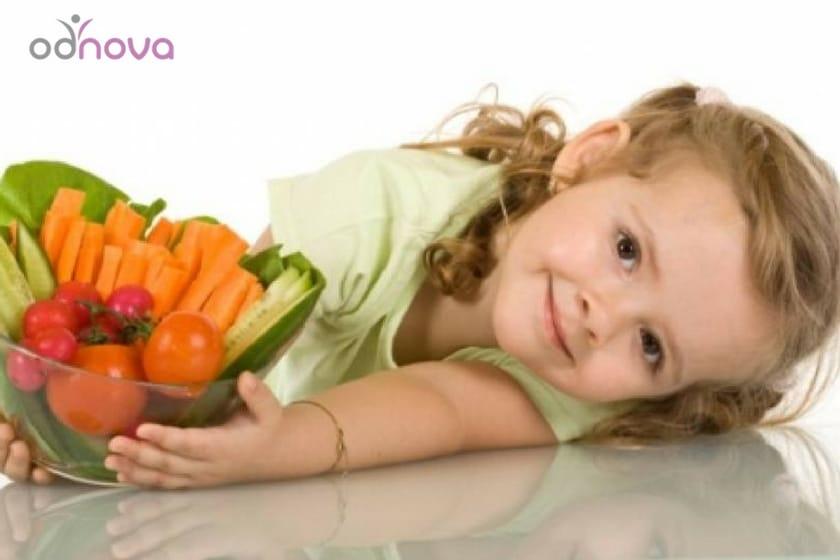 projekt bez tytulu 66 - Jak wyrobić w dziecku nawyk zdrowego jedzenia?