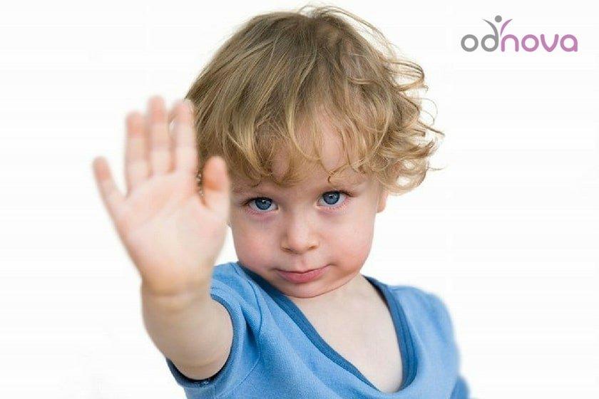 jak nauczyć dziecko asertywności, asertywność