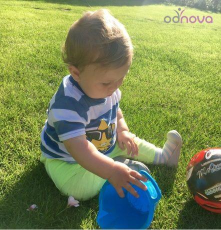 pierwsze buty, stopa dziecka, attipas