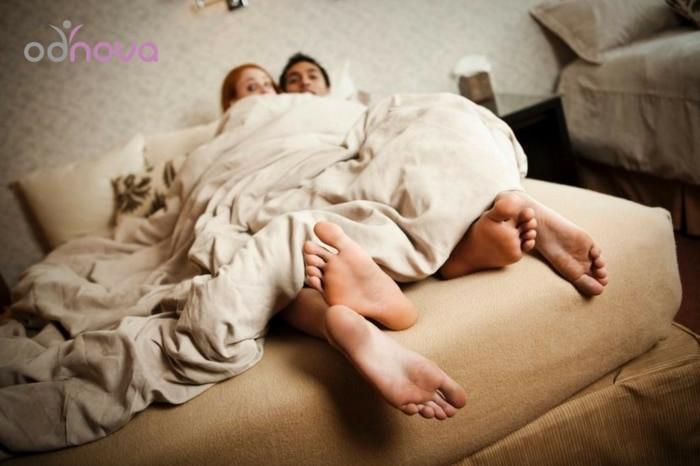 dlaczego ludzie zdradzają łóżko